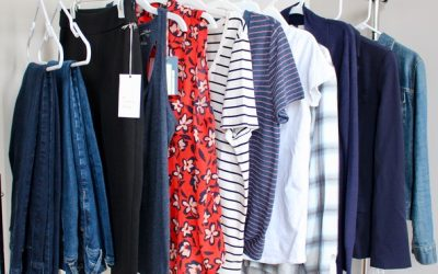 15 Stay at Home Mom Wardrobe Essentials on a Budget